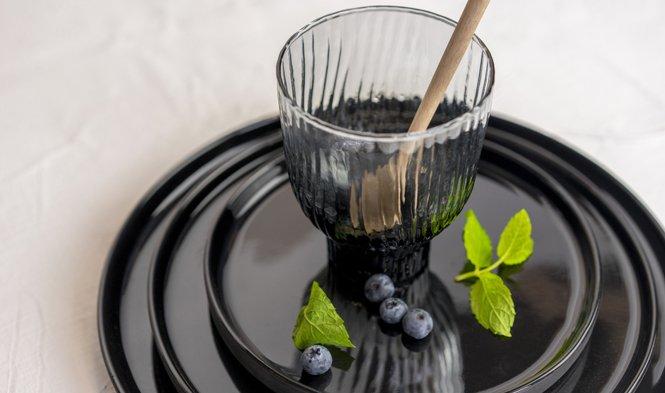 drinkglas mondgeblazen grijs glas