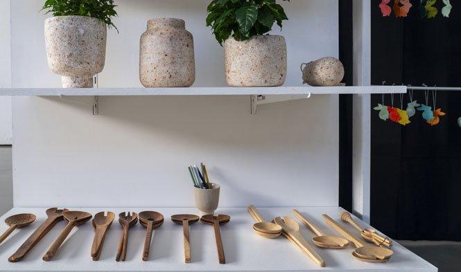 cutlery wood vases pulp