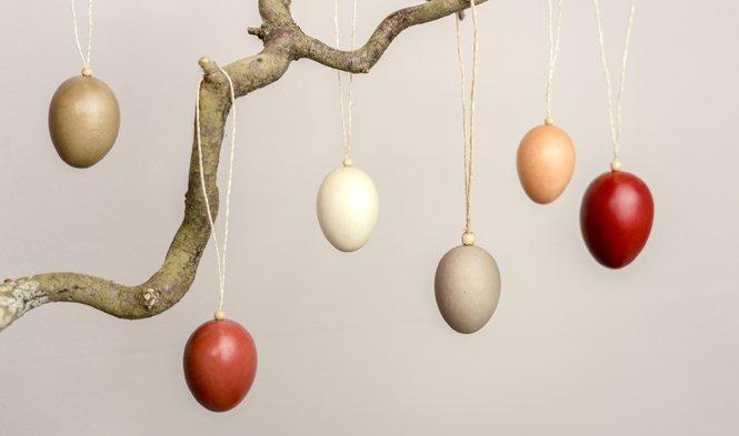 paasdecoratie paaseieren hout naturel rood
