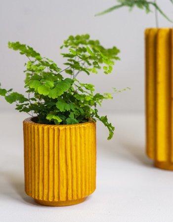 folded vases pumpkin