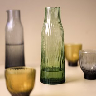 karaf groen glas mondgeblazen