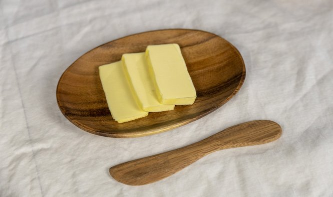 ovaal bord botermes hout