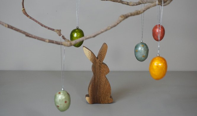 process easter eggs and bunny