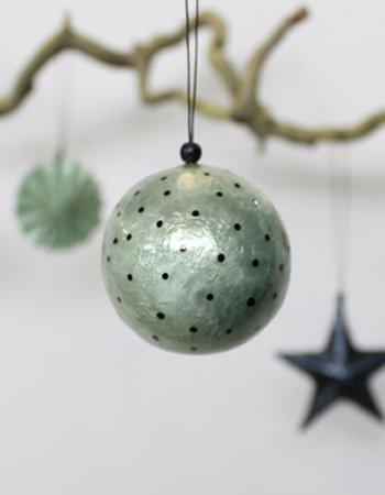 xmas ball with dots